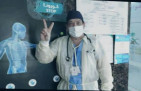 الفنان الدكتور(هيثم شاولي)يدعم ابطال الصحة بأغنية(ياملايكة من البشر)
