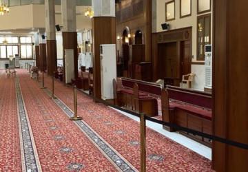 وزارة الشـؤون الإسـلامية جوامـع ومساجد المملكة بدأت استقبال المصلين لإقامة صلاة الجنائز وسط التزام وتقيد بالإجراءات الاحترازية