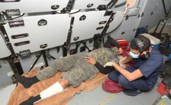 قبيل الإفطار.. طيران الأمن ينقذ ويسعف مصاباً محتجزاً في أعلى قمة جبل بوادي ريم بالمدينة المنورة