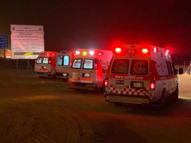 الهلال الأحمر يباشر حادث انقلاب ينتج عنه ١٥ أصابة على طريق الرياض – سدير