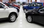 ارتفاع ملحوظ في أسعار السيارات الجديدة والمستعملة بعد تطبيق ضريبة الـ 15%