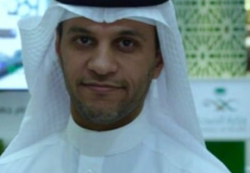 """""""العويسي"""" رئيسا لهيئة الهلال الاحمر السعودي"""