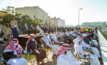 سمو الأمير تركي بن طلال يرعى التطبيق الميداني لمدني عسير على أعمال الإنقاذ ويكرم مواطنًا أنقذ طفلًا من الغرق بالمنطقة