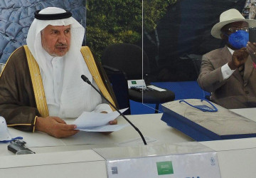 """""""الدكتور عبدالله الربيعة"""" يؤكد استعداد المملكة بأن تكون مركزا إقليميا لإنتاج لقاح فيروس كورونا لدعم الإمداد العالمي للدول ذات الاحتياج"""