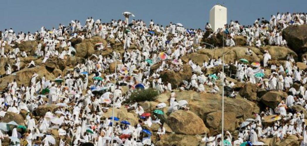 عرفات.. ركن الحج الأعظم وخير يوم طلعت فيه الشمس