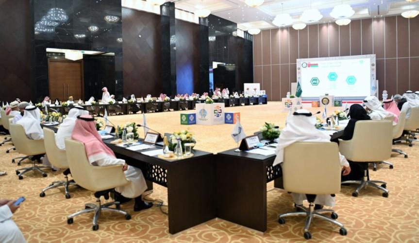 رؤساء الجامعات الخليجية يؤكدون على تعزيز مناهج التعليم في مجالات الثورة الصناعية الرابعة ..